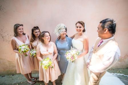 edel, mum and bridesmaids